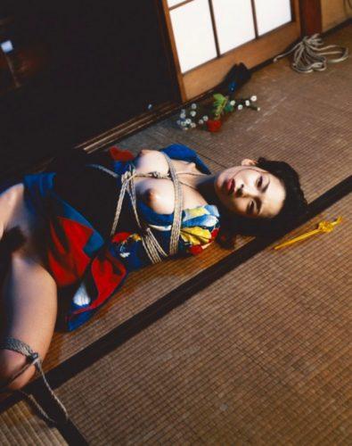 Kinbaku – Bondage Series by Nobuyoshi Araki at