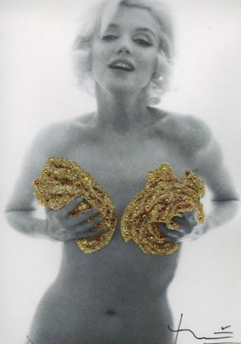 Marilyn. Classic Gold Roses (1962) by Bert Stern