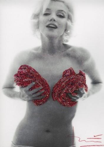 Marilyn Red Classic Full Roses Glitters by Bert Stern