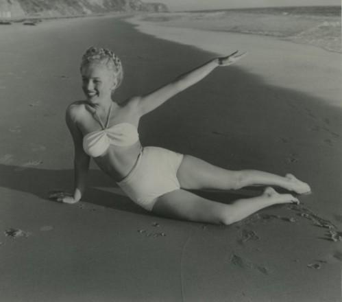 Marilyn Monroe (1949) by Andre De Dienes
