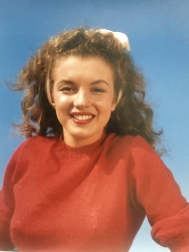 Norma Jean In Red (marilyn Monroe 1945) by Andre De Dienes