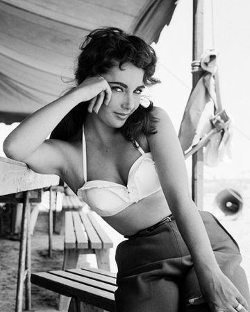 Elizabeth Taylor by Frank Worth at