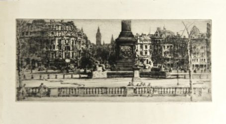 London – Trafalgar Square (bovril Schweppes) by Mortimer Luddington Menpes at Editions Graphiques Ltd