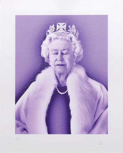 Lightness Of Being Crystal Edition. [Queen Elizabeth II.] by Chris Levine