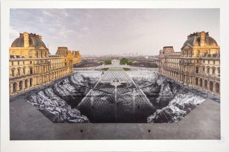 Jr Au Louvre, 30 Mars 2019, 6h50 © Pyramide, Architecte I. M. Pei, MusÉe Du Louvre, Paris, France by JR at