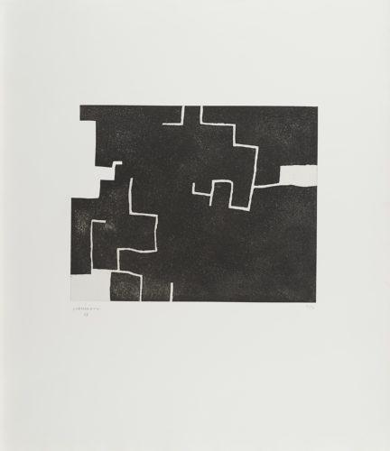 Zeihartu II by Eduardo Chillida