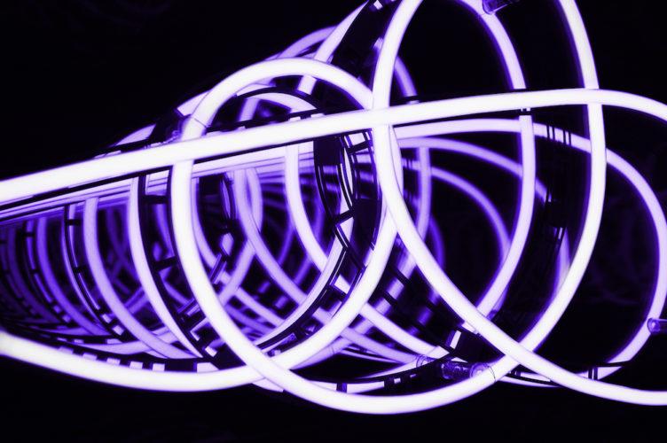 Infinite Curve III – No 9 by Brigitte Kowanz