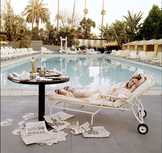 Faye Dunaway Oscar Ennui 1977 – Hand Signed Oversize Print by Terry O'Neill at